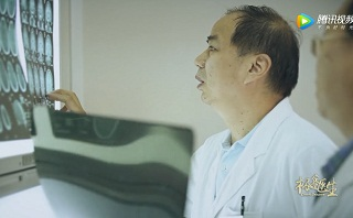 极客医生闫长祥:平凡生活中的英雄主义